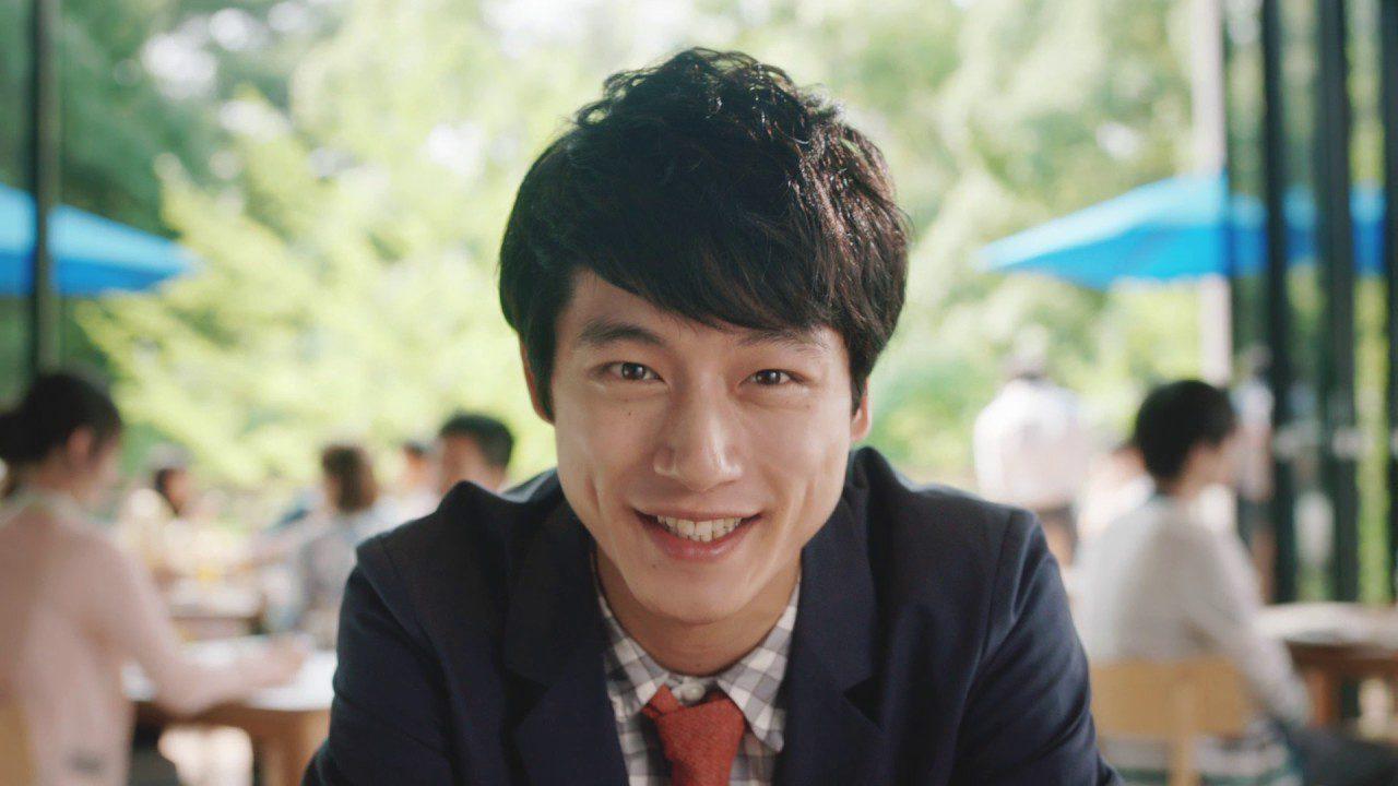 トーンモバイル CM「空気を読まずにプロポーズ篇 1」 坂口健太郎さん出演!